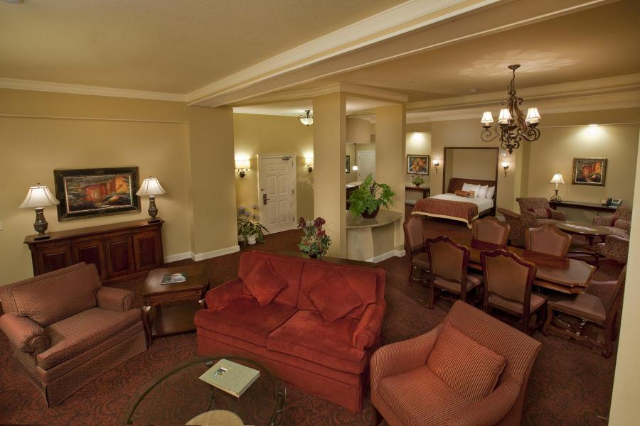 Rosen Shingle Creek's Three-Bay Hospitality Suite