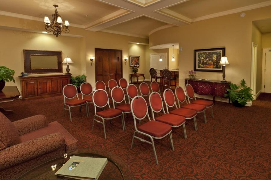 2 Bay Hospitality - Theatre for 15 guests