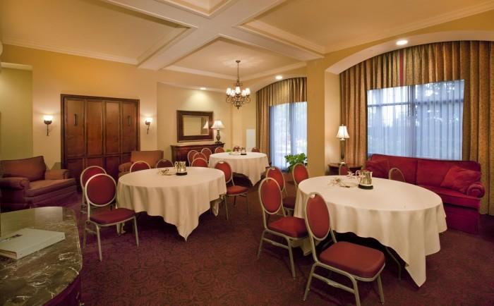 Two Bay Hospitality Parlor - Set Up