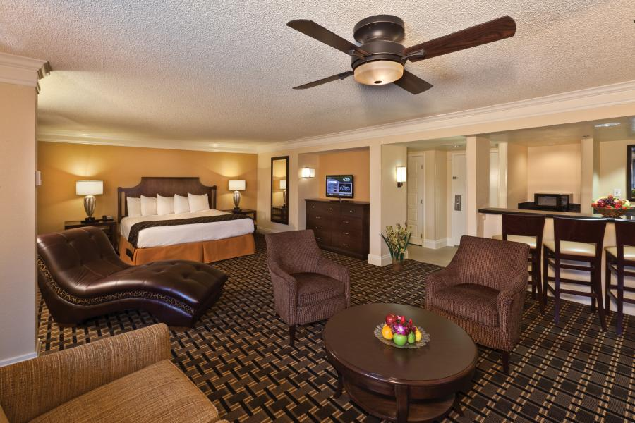 Rosen Plaza's Junior Suite.