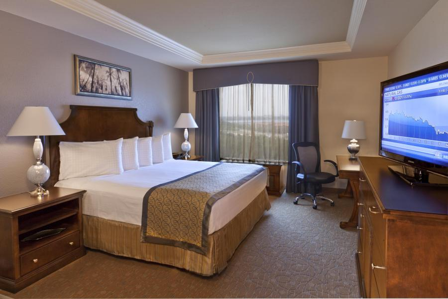 Presidential Suite - Adjoining Guestroom