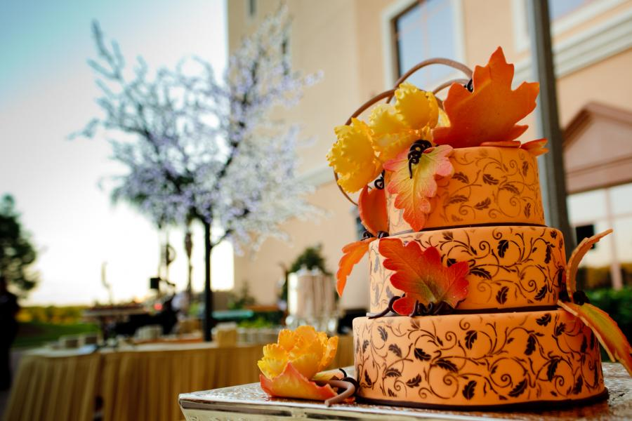 Fall Themed Wedding Cake