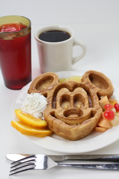 Mickey Waffle, Fruit, and Drinks