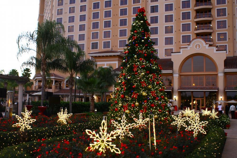 Hotel Exterior, Christmas