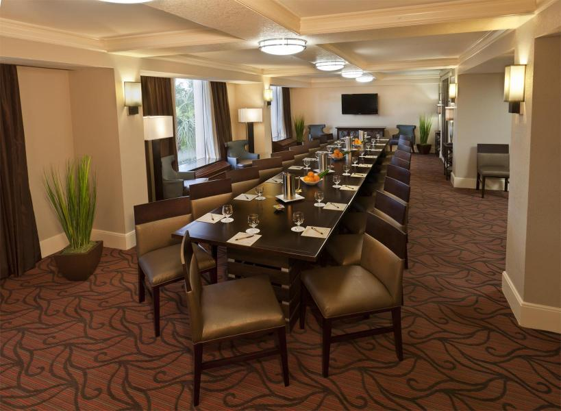 Hospitality Suite, 3-Bay Conference for 20 Guests