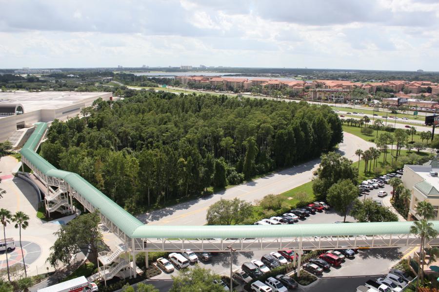 Plaza Skybridge - Full Length View