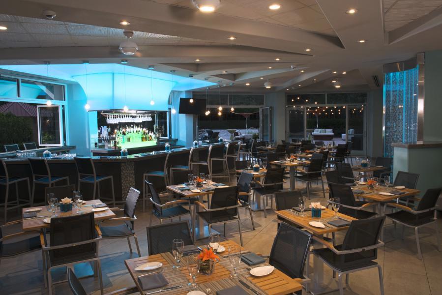 Harry's Poolside Restaurant