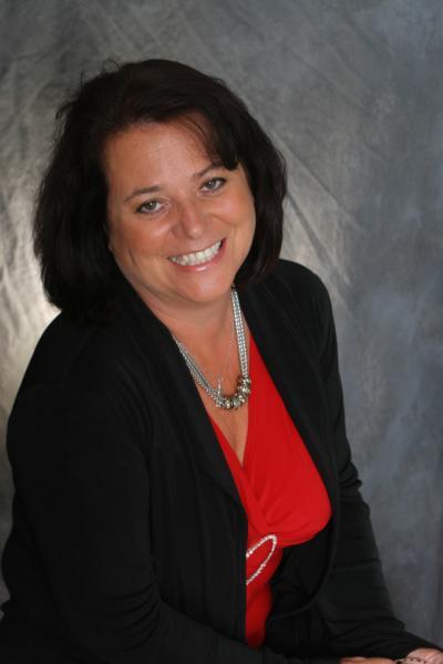 Leslie Menichini, VP de Vendas e Marketing