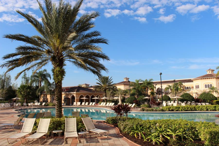 Hotel Exterior - Pool Area