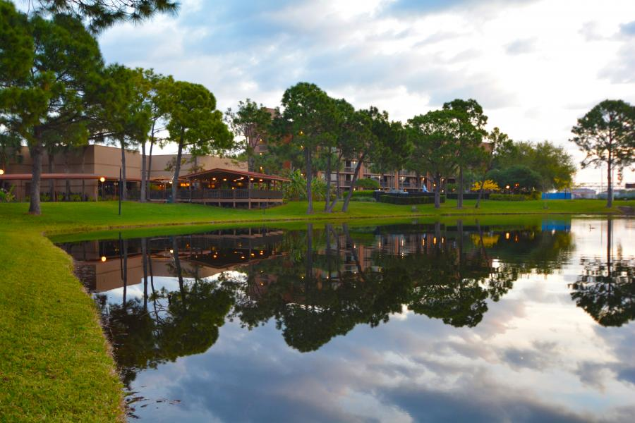 Clarion Inn Lake Buena Vista - Rear view from pond overlooking Pavilion and Hotel