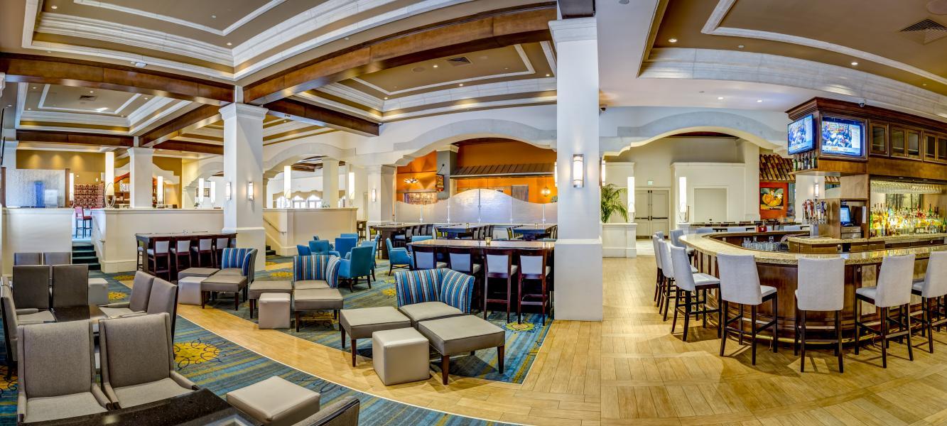 Headwaters Lounge/Banrai Sushi seating area