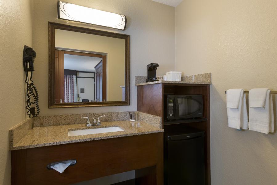 Rosen Inn International Amenities