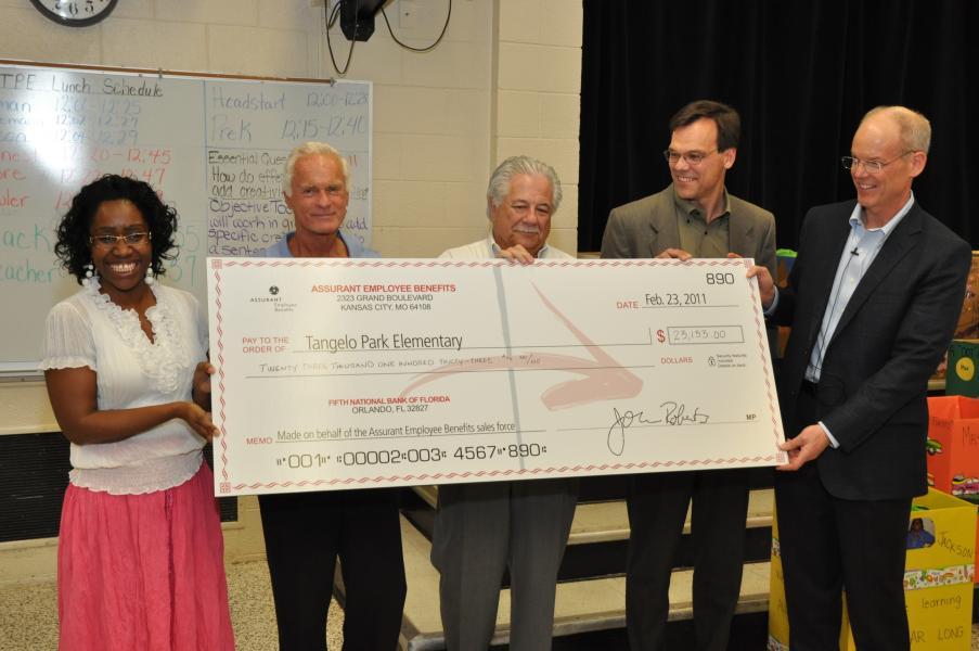 Harris Rosen  Harris Rosen, Assurant Employee Benefits surprise Tangelo Park students