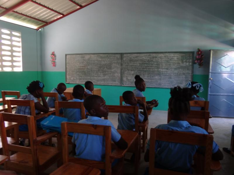 Dec. 2017 (Haiti) Youngsters are ready to learn at the new Rosen school in Haiti.