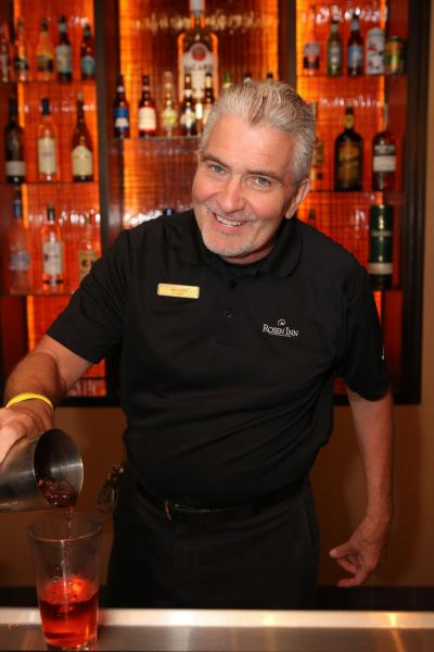 David Kerlin, Bar Manager