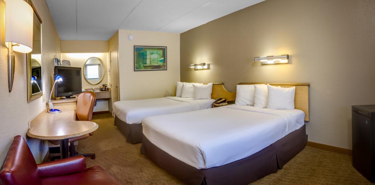 Midpointe Hotel Room