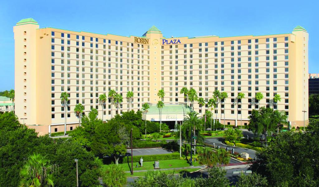 The Orlando sun shines bright on Rosen Plaza Hotel.