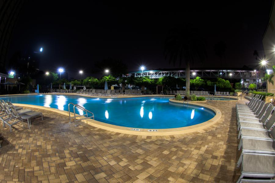 Rosen Plaza Pool