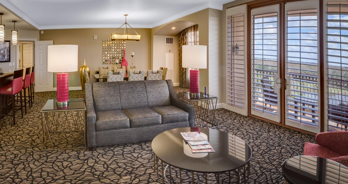 One of 37 Grande Parlor Suites offer elegant furnishings for intimate gatherings.