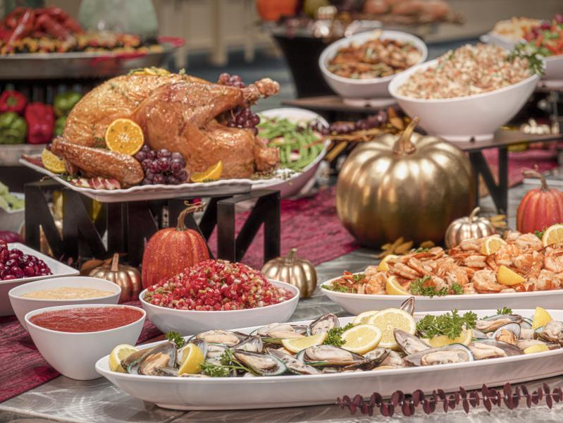 Rosen Plaza's Extensive Thanksgiving Day Buffet