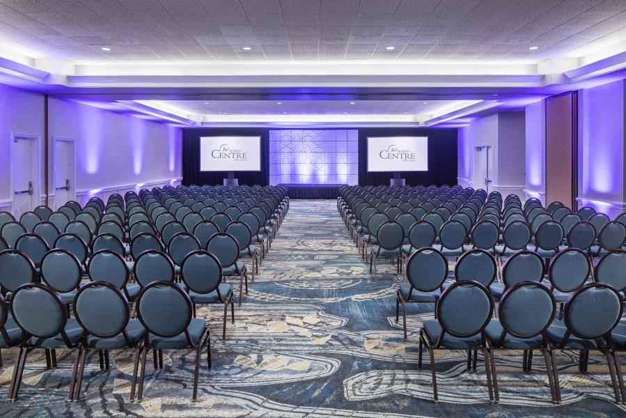 No matter the set up, Rosen Centre's Salon Meeting Room provides just the right view.