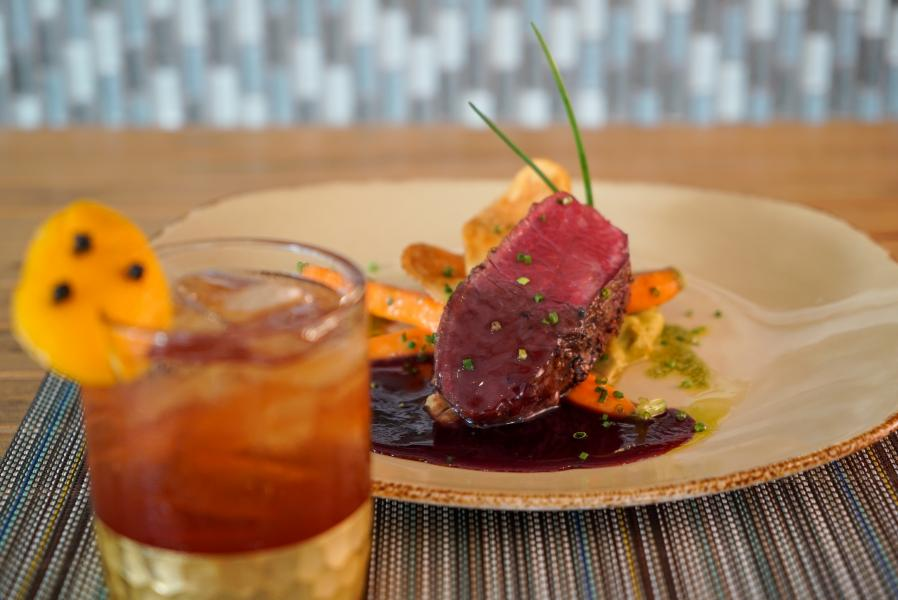 Harry's Sip and Savor Seared Venison