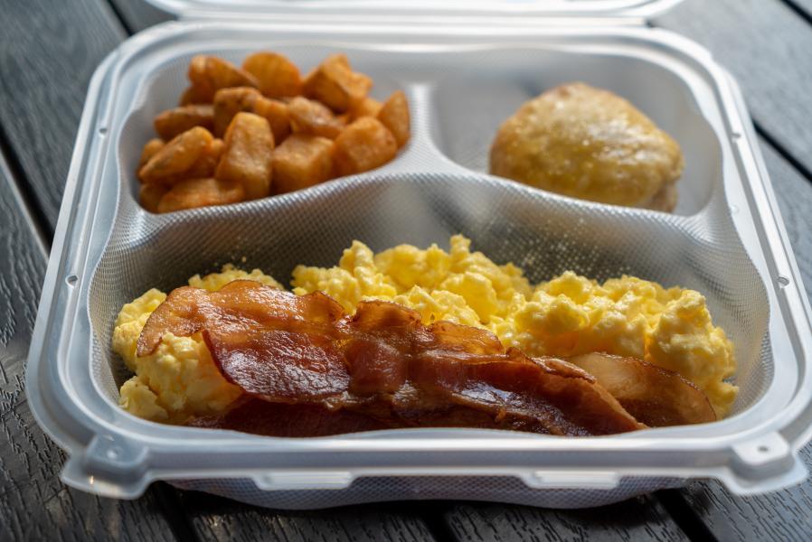 Rosen Inn Pointe Orlando Breakfast Platter