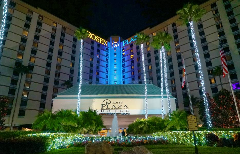 Rosen Plaza Holiday Exterior Shot 2020